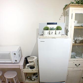 食器棚・冷蔵庫・カウンターテーブルセット