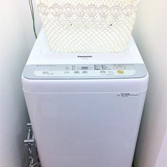 風呂場入り口・洗濯機
