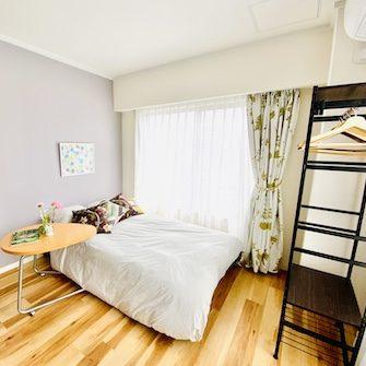 個室A主賓室セミダブルベッド