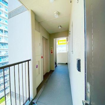 9階外廊下